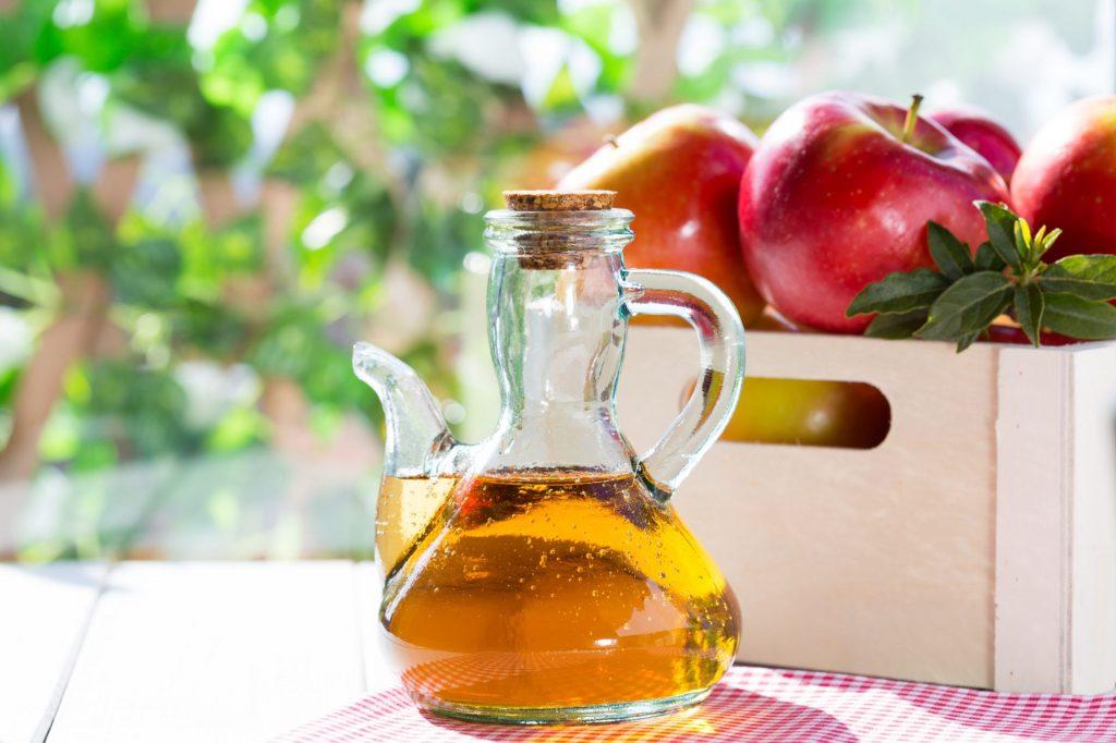 Как применять яблочный уксус от вздутия живота?