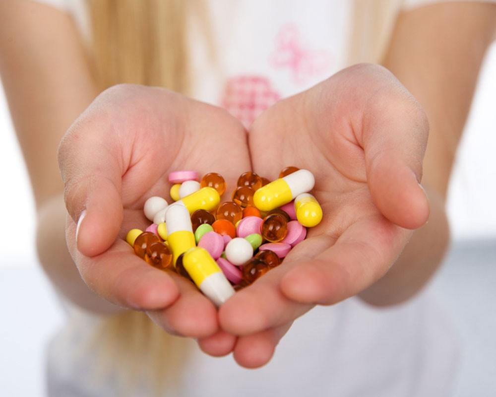 Пучит живот от антибиотиков: что делать?