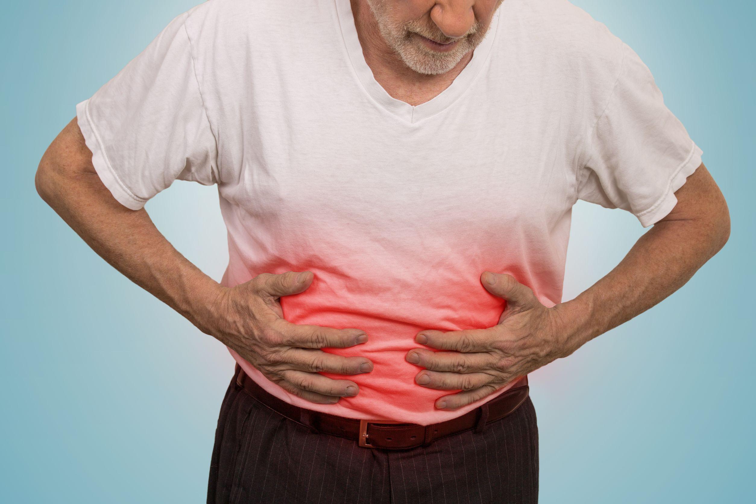 Вздутие живота и тяжесть после еды: причины и лечение