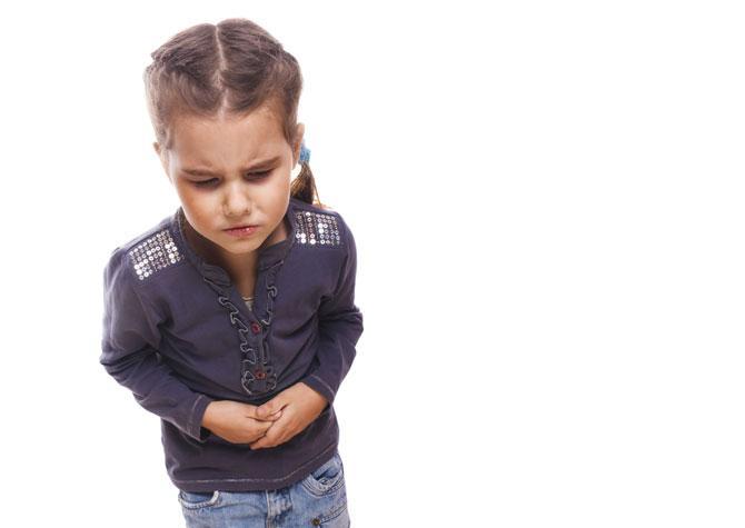 Вздутие живота у ребенка 8 лет: что делать?