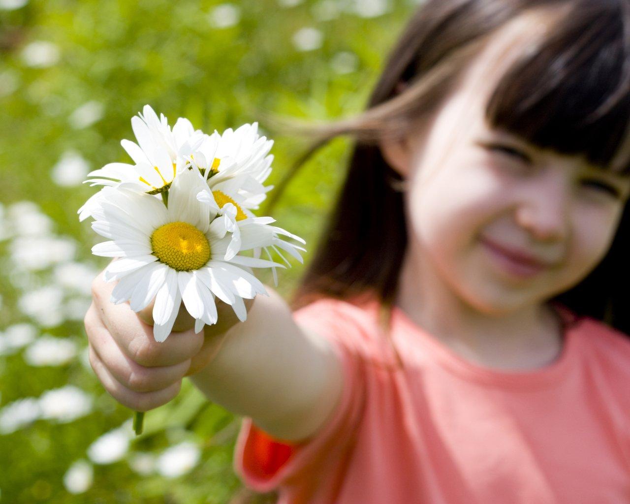 Вздутие живота после родов: причины, лечение